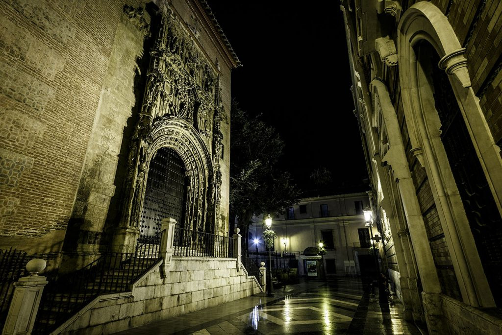 Mysteries at night Free tour